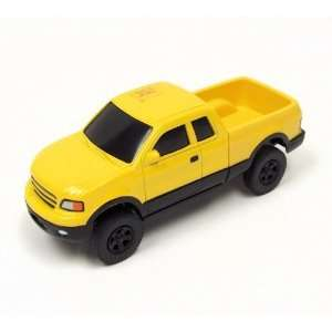 Ertl Yellow 132 Pickup Truck Toys & Games