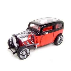 1931 FORD MODEL A CUSTOM BLACK/RED 118 DIECAST MODEL