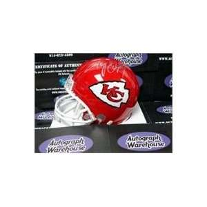 Tony Gonzalez (Kansas City Chiefs) signed Football Mini