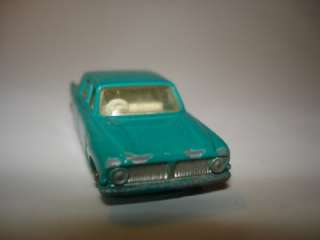 Matchbox Moko Lesney Ford Zephyr 6 MkIII 1963 silver wheels No. 33 b