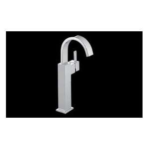 DELTA 753LF SS Single Handle Centerset Lavatory Faucet